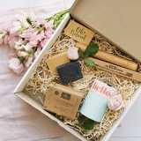 Win an Oh Natural plastic-free beauty box